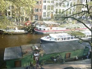 Vue haut du bateau depuis l'hötel